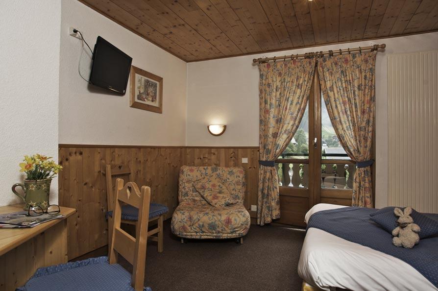 Hermine Blanche-bedrooms